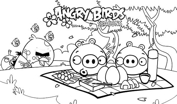Angry Bird, : Angry Bird Bothering Pigs on Vacation Coloring Pages