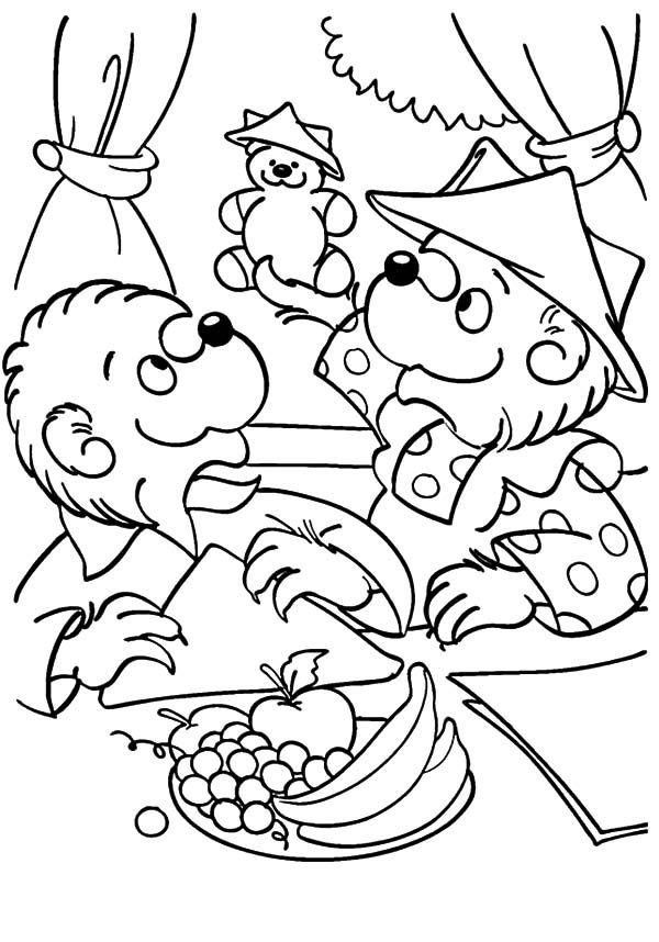 Brother and sister berenstain bear take teddy bear play for Berenstain bears coloring pages