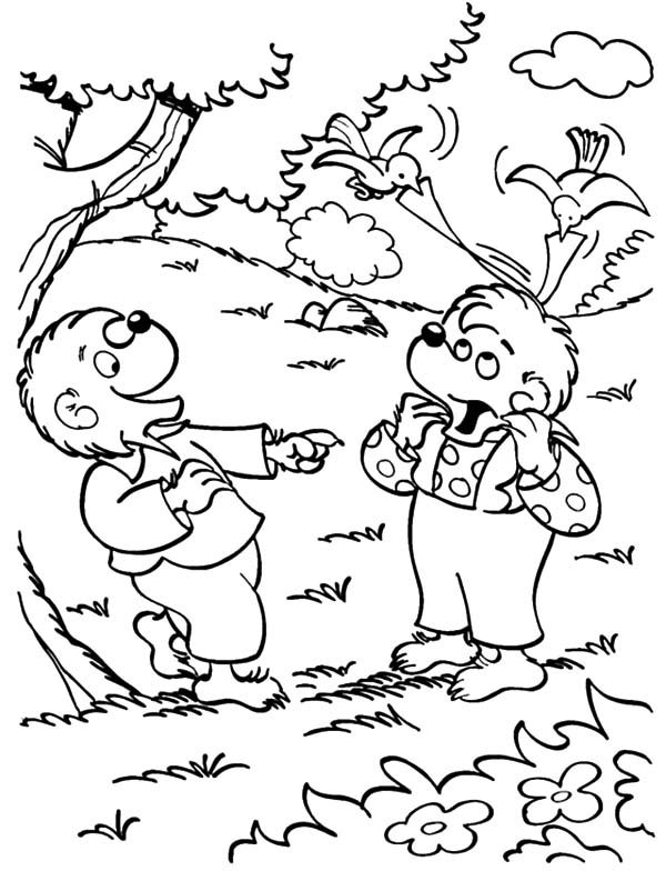 Berenstain Bear, : Brother and Sister Berenstain Bear in the Wood Coloring Pages