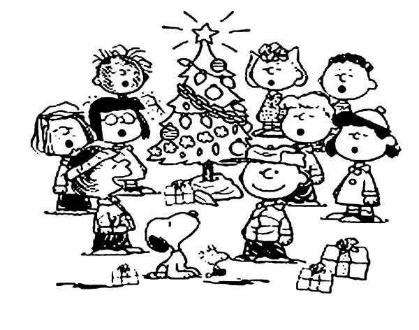 Snoopy, : Snoopy Christmas Tree Coloring Pages