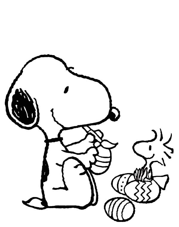Snoopy, : Snoopy Decorating Easter Eggs Coloring Pages